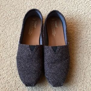 TOMS Shoes- NWOT